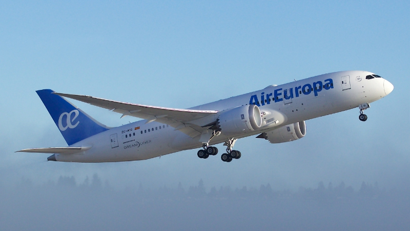Air Europa Receives the First 787 Dreamliner
