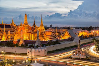 1. Grand Palace & Wat Prakeaw