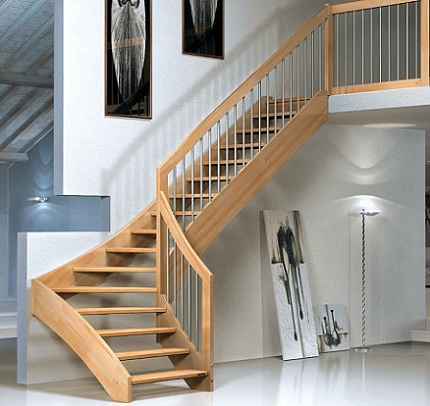 Mi casa con estilo escaleras interiores for Escaleras metal madera para interiores