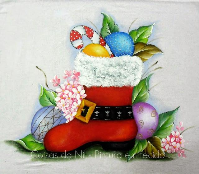pintura em tecido bota de papai noel com bolas de natal