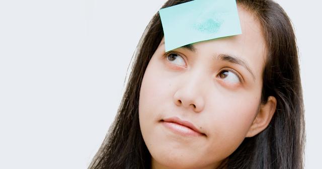 cara mengatasi wajah berminyak dengan kertas minyak