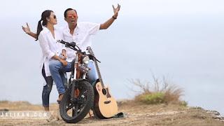 Lirik Lagu Lincah di Ranjang AA Raka Sidan Ft Ayu Saraswati