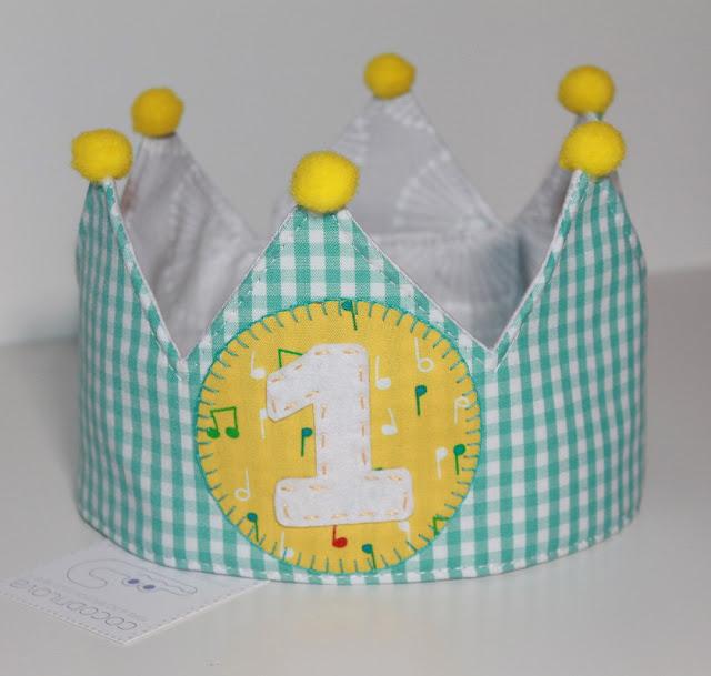 corona cumpleaños 1 año cuquin