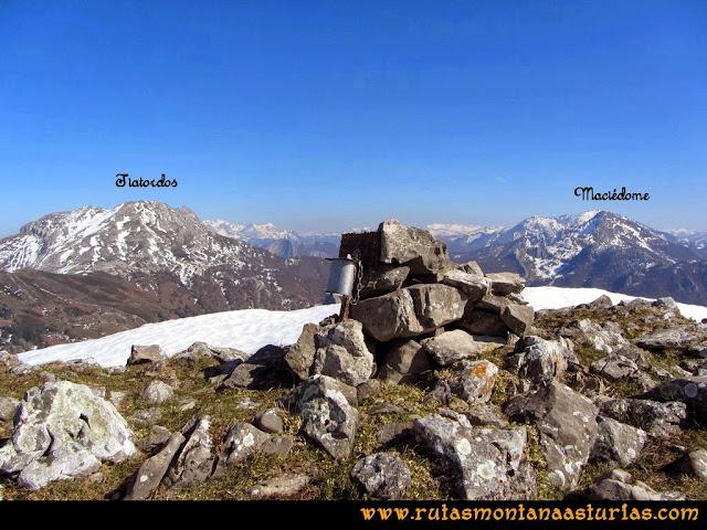 Ruta Requexón Valdunes, la Senda: Desde de la Senda, vista del Tiatordos y Maciédome