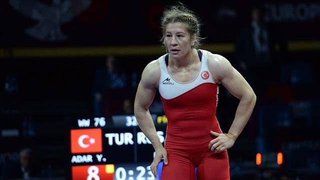 Ülkemizin dünya şampiyonu olan ilk kadın güreşçisi kimdir?