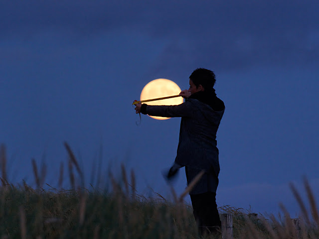 La Luna por Laurent Laveder - Play Moon