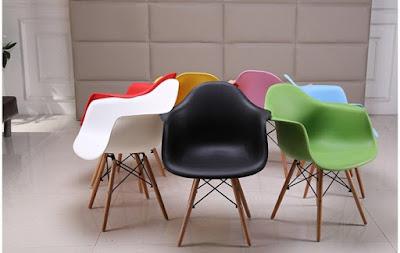 Bàn ghế cafe Eames, mẫu bàn ghế cafe đẹp nhất 1