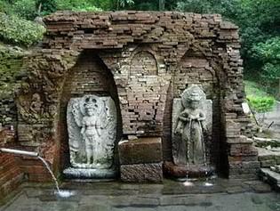terbentuk dari pembagian Kahuripan yang dilakukan oleh raja Airlangga karena terjadi pere 3 Peninggalan Kerajaan Jenggala Bernilai Sejarah Tinggi