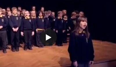 http://video.repubblica.it/mondo/canta-hallelujah-l-interpretazione-di-questa-bambina-autistica-e-da-brividi/263371/263737