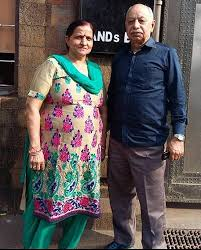 Rajiv Thakur Family Wife Son Daughter Father Mother Age Height Biography Profile Wedding Photos