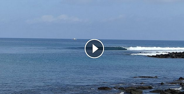 Surf in Galapagos friendship and lonely waves By Kepa Acero