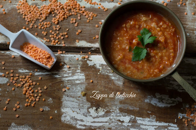 zuppa di lenticchie rosse al pomodoro