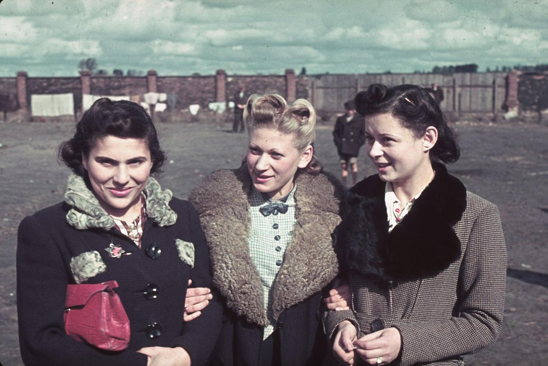 Flea market in post-invasion Warsaw Ghetto, 1940. in 2020