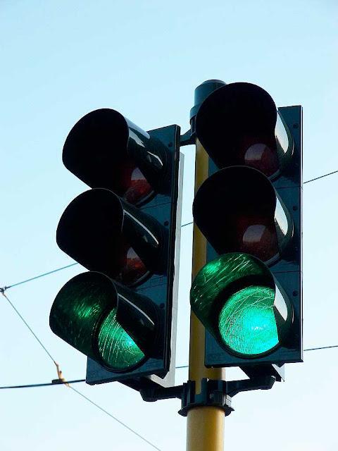 В Наугольном и Манькове изменена работа светофоров