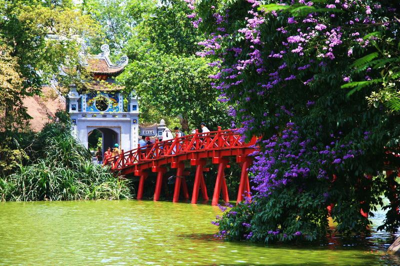 Lago Hoan Kiem, Hanoi (Vietnam)