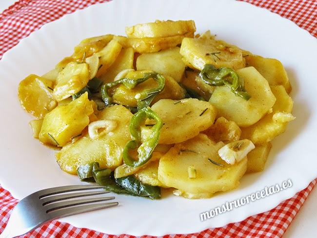 Patatas al microondas. Receta fácil y rápida