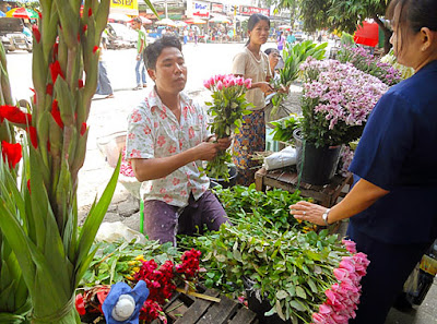 Myanmar flower shop in Yangon
