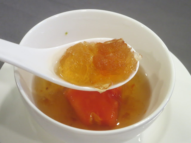 万寿果炖桃胶