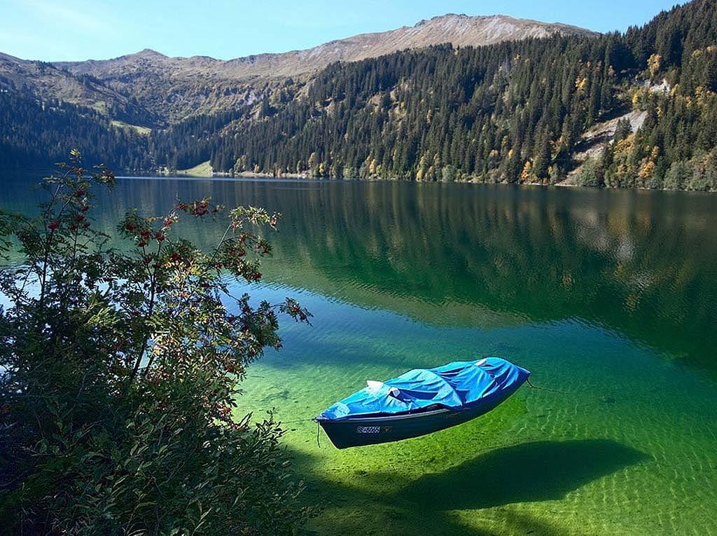 Rüyada Göl Görmek üzerine 20 Farklı Detayın Tabiri Sahih Rüya Tabirleri