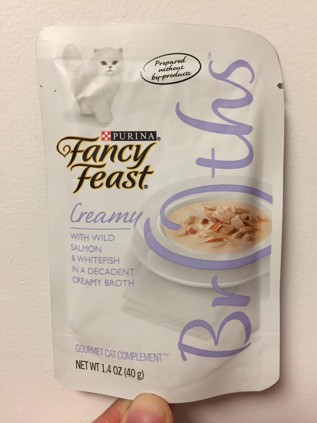 Fancy Feast Broths Creamy With Wild Salmon Whitefish
