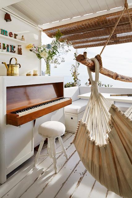 O frumoasă amenajare mediternaneană într-o casă de numai 30 m²