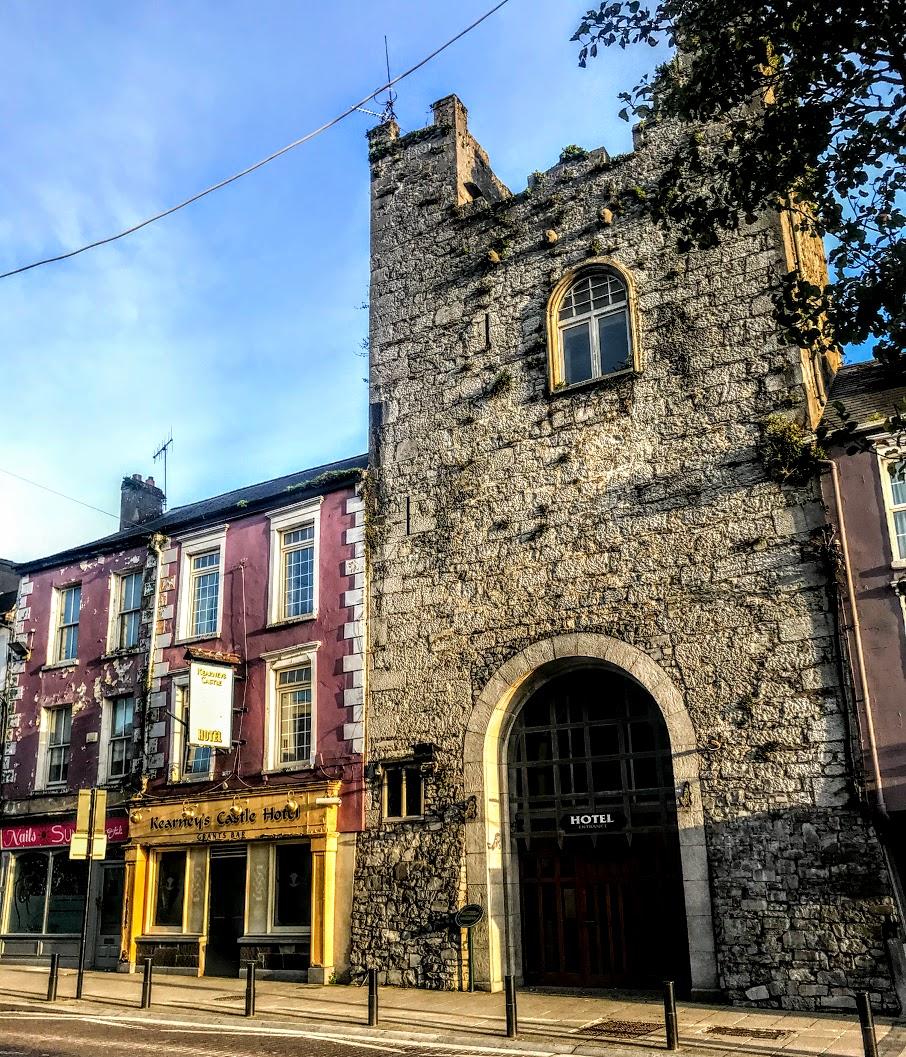 Cashel   Rock of Cashel & Cashel Heritage Centre & Tourist