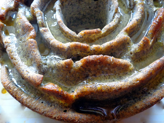 aromatic poppy seed cake with lemony syrup