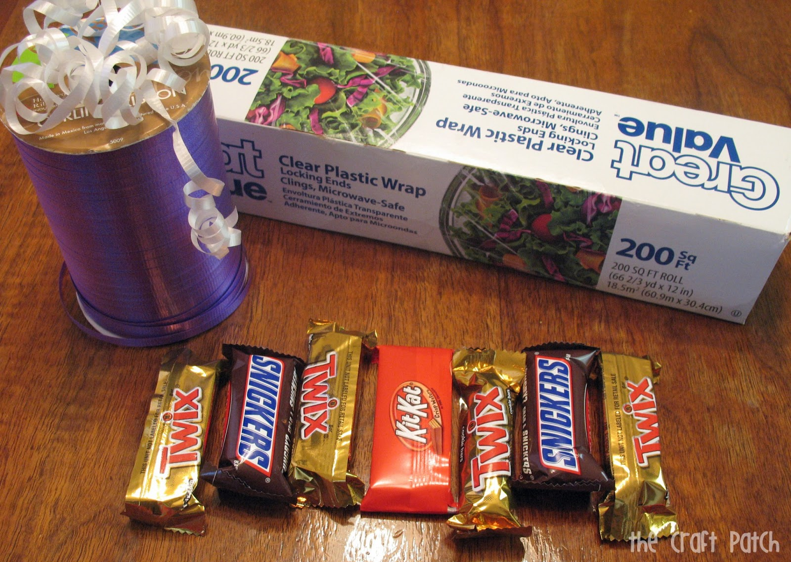 Candy Bar And Money Graduation Lei Tutorial Thecraftpatchblog Com