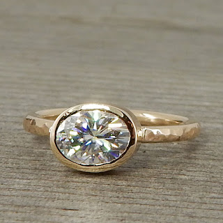 oval moissanite hammered gold ring