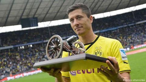 Đội tuyển Bayern hoàn thiện hơn là nhờ có Dortmund.