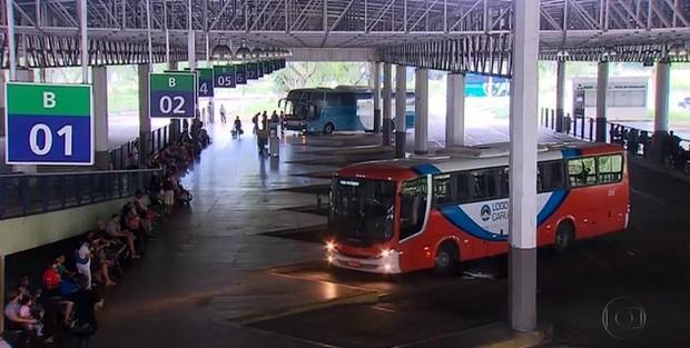 Lei determina que sejam preferenciais todos os assentos de veículos de transporte entre municípios em PE