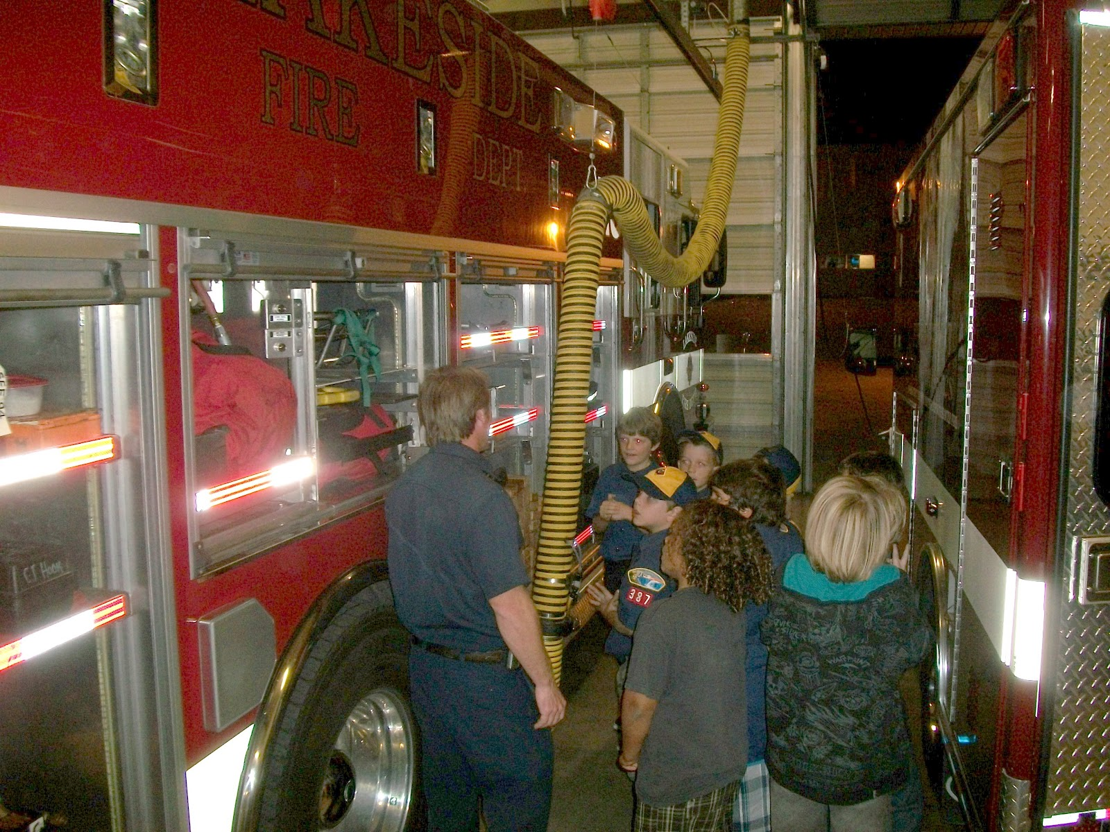 Lakeside Fire District Lakeside Fire Welcomes Cub Scout