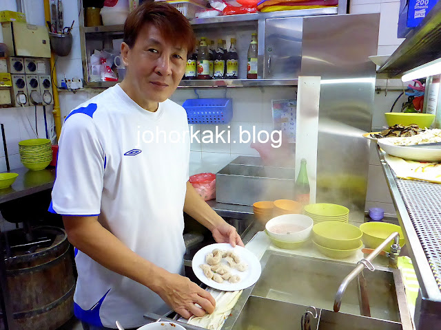 Lao-Sim-Shredded-Chicken-Noodles-Toa-Payoh-Singapore-老沈鸡丝面