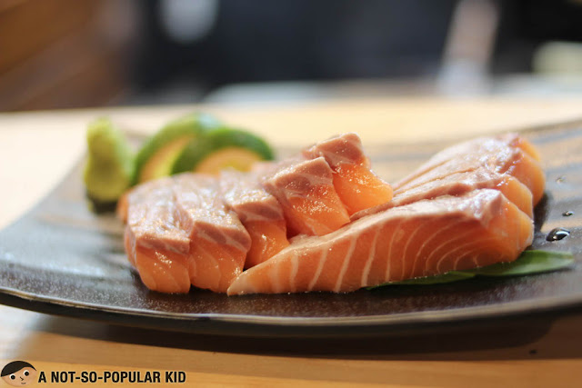 Fresh thick slices of Salmon in Ichiba