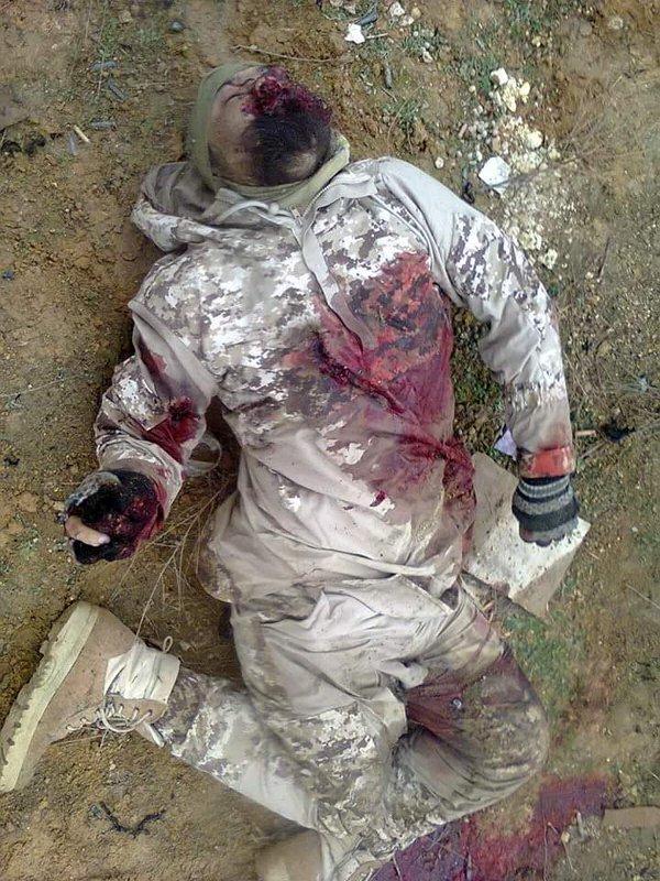 Asian Defence News: Syria Deir Ez Zor GRUESOME - Photos of ... |Dead Syrians