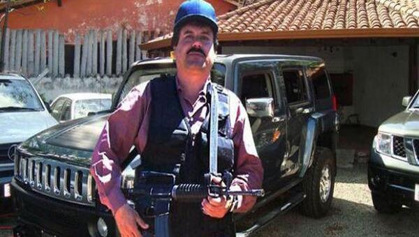 – En todas partes dicen que soy el jefe de cartel de Sinaloa. Pero eso no existe, mi grupo se llama es Alianza de Sangre El Chapo Guzmán