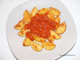Cartofi la cuptor cu sos de rosii retete culinare de post,