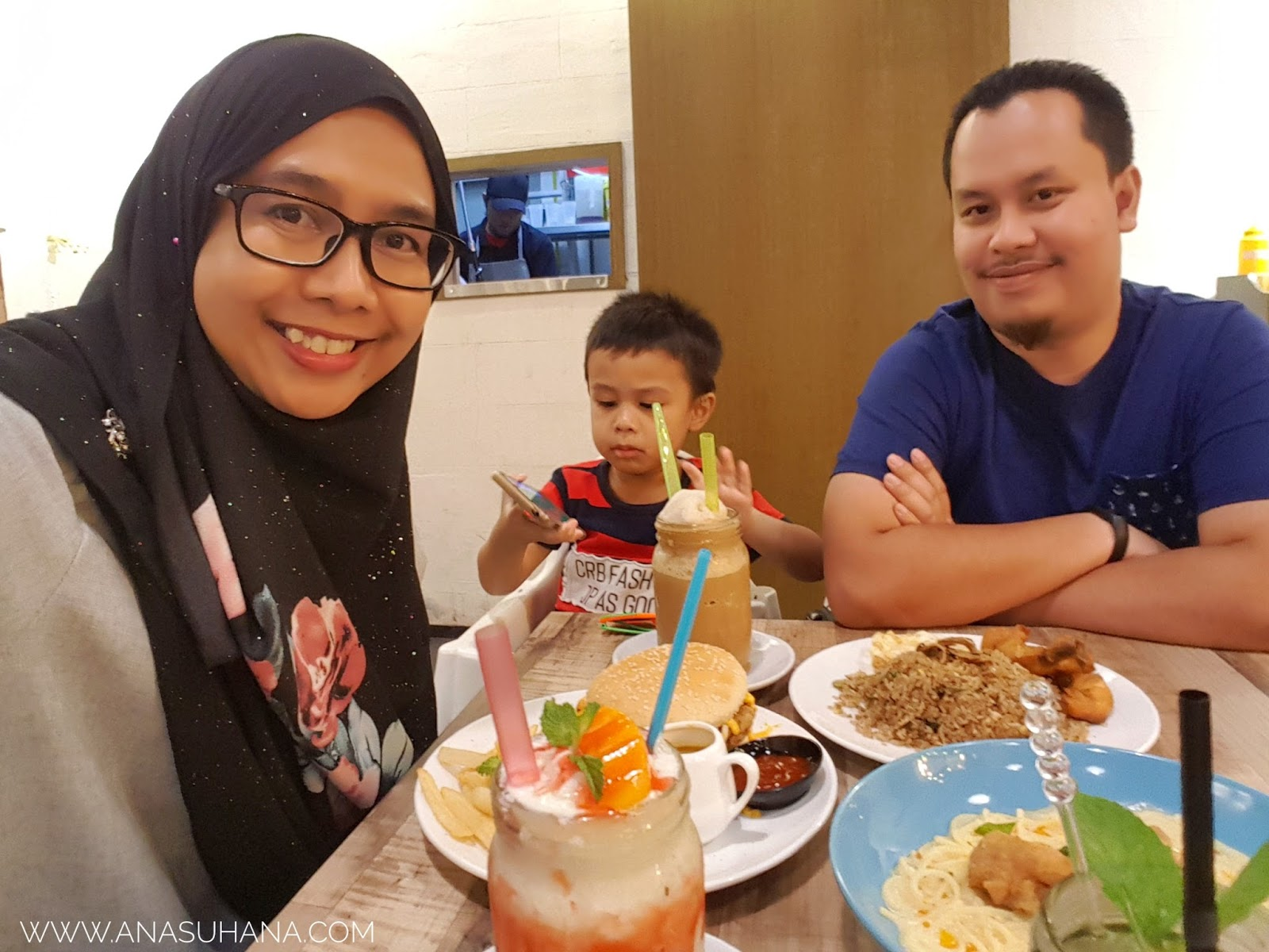 Makan Culture Melawati Mall