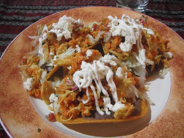 chalupas de pollo Michoacana