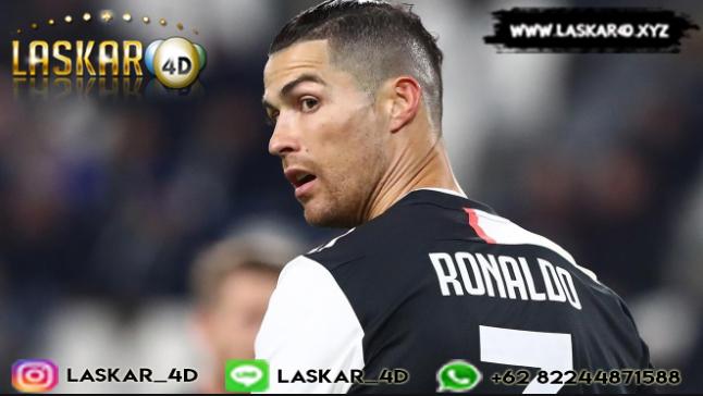 Cristiano Ronaldo Dengan Dikritik Karena Tidak Mengikuti Karantina Corona COVID-19 Bareng Juventus