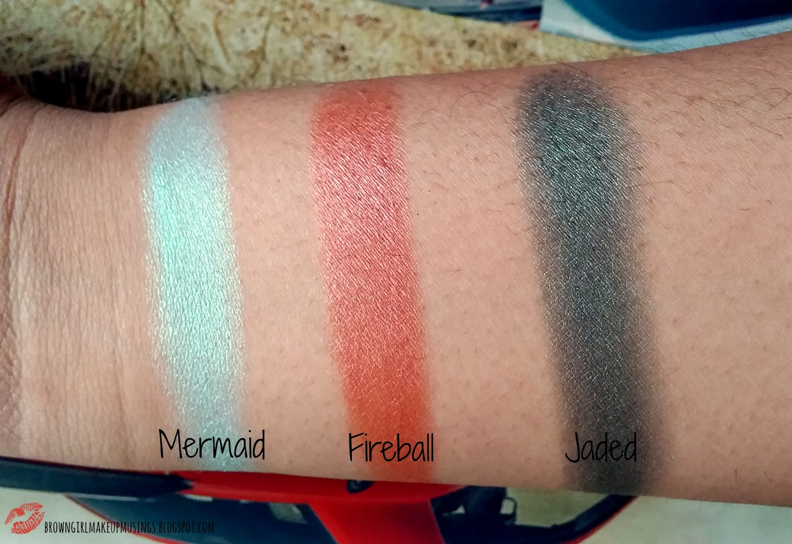 Prismatic Eyeshadow by NYX Professional Makeup #22
