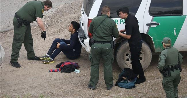news donald trump mexico immigrant policies welcomed border patrol