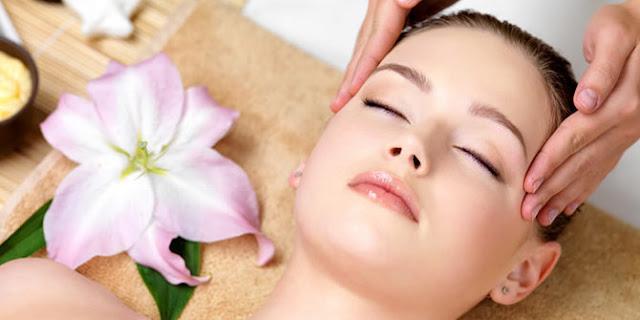 Manfaat Memijat Kepala Untuk Kesehatan Rambut