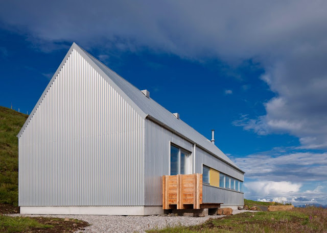 The Tinhouse Is A Holiday Home On The Scottish Island 13