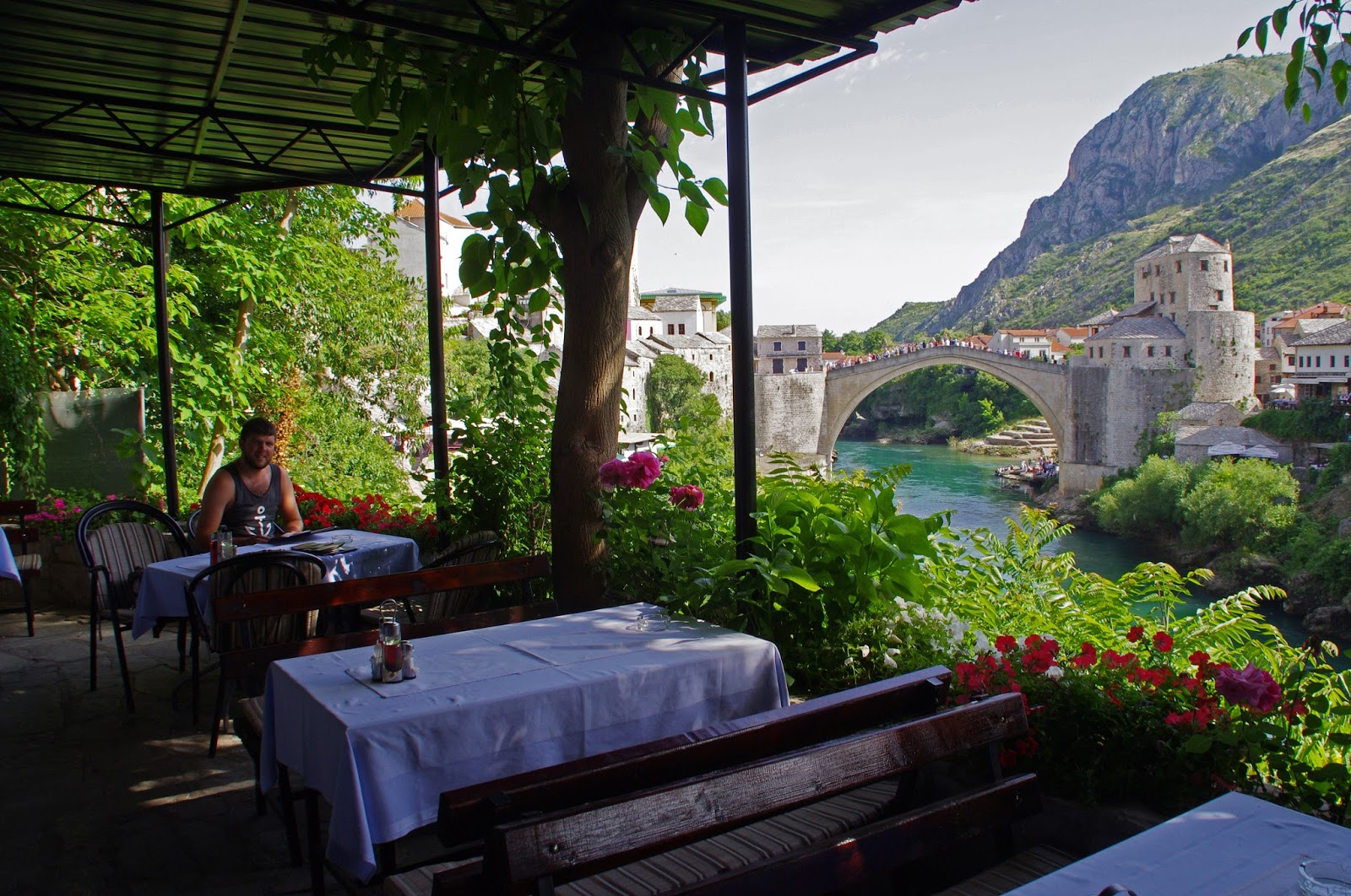 Lunch view of Stari Most Mostar