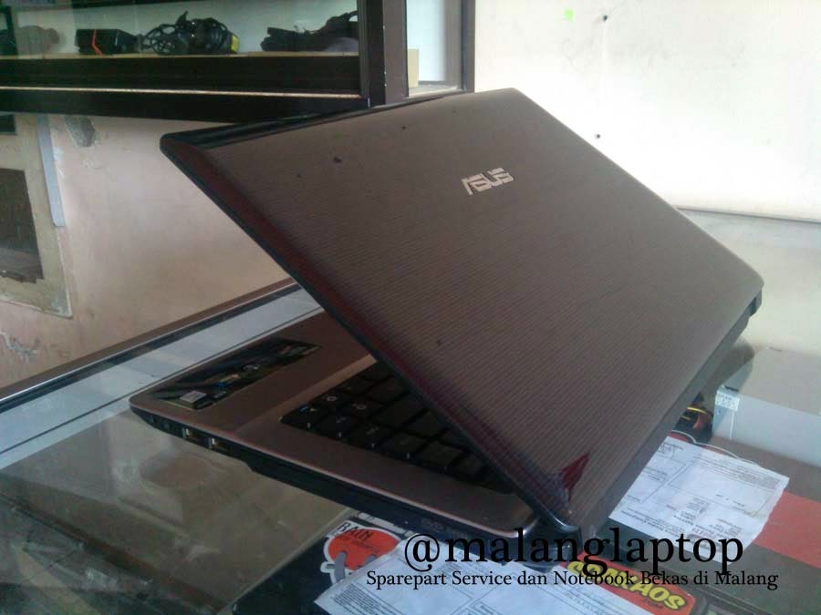 Laptop Bekas Asus A43E Core i3