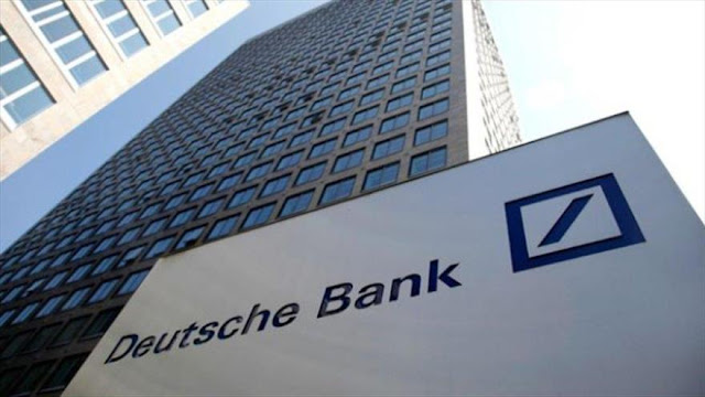 Acciones de Deutsche Bank se derrumban a un mínimo histórico