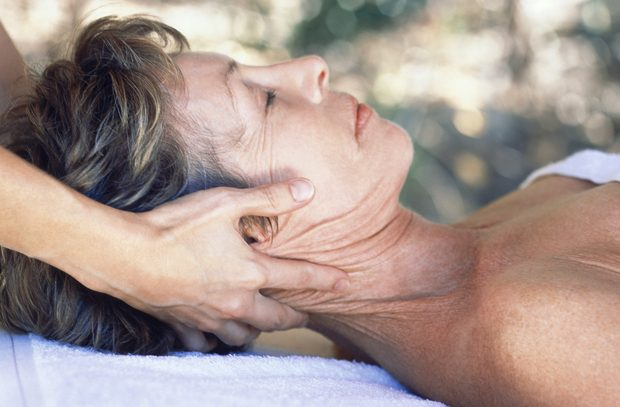 Neck Wrinkles   10 Natural Beauty Tips For Neck Wrinkles and Fine Lines