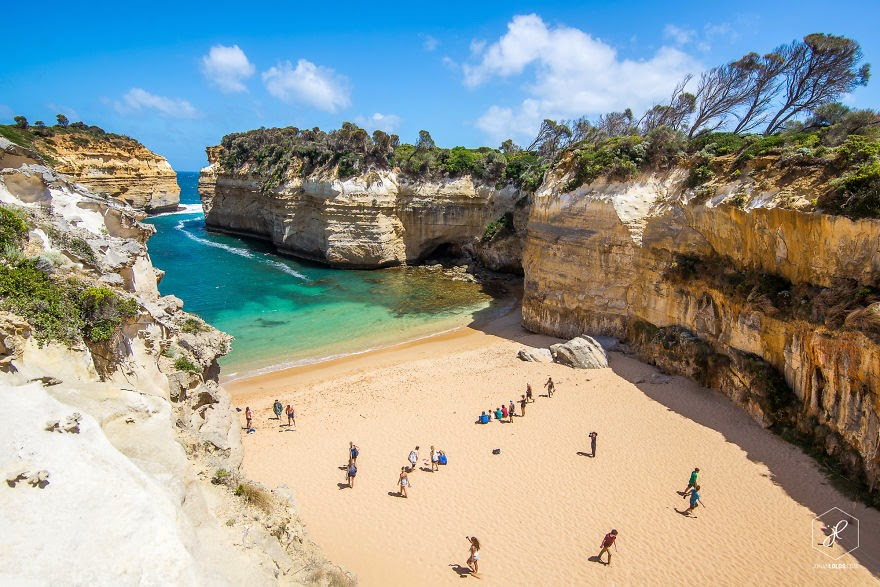 Loch Ard Gorge, VIC - Man Travels 40,000km Around Australia and Brings Back These Stunning Photos