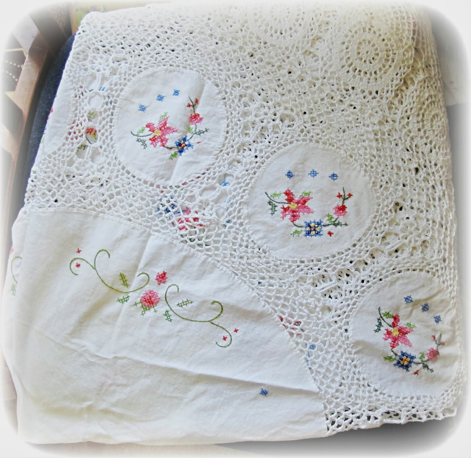 vintage tablecloth embroidered cross stitch doily crochet linen